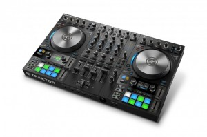 Native Instruments 发布全新 TRAKTOR S4 DJ 控制器