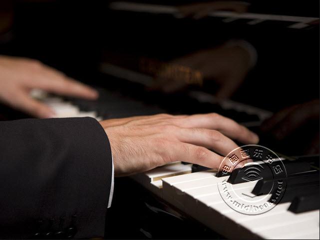 即兴钢琴演奏技巧