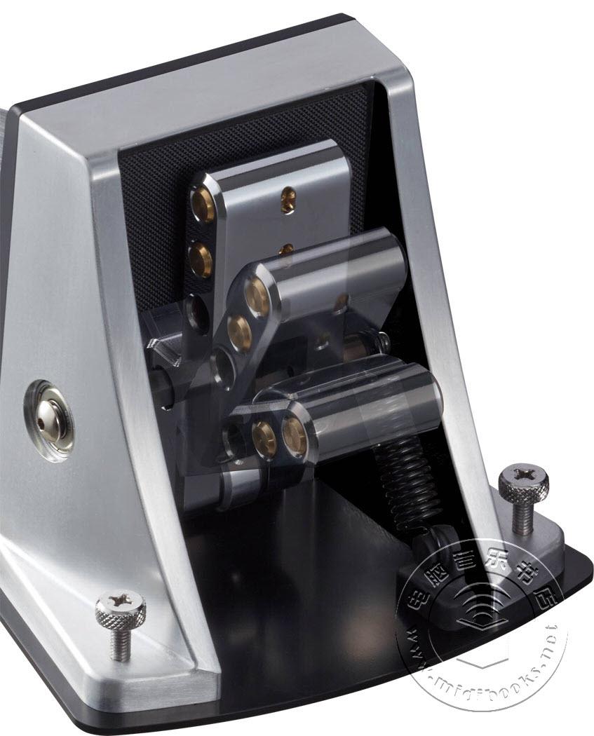 【2014冬季NAMM展会新闻】Roland发布KT-10底鼓触发器踏板-4.4