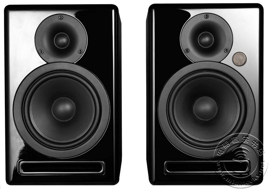 [NAMM2015]Fluid audio新发布两款蓝牙监听音箱