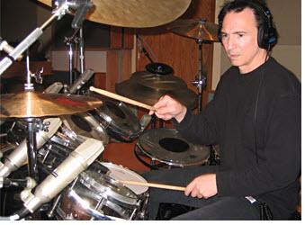 SampleTank 3(采样坦克3)上使用的鼓和钢琴音色库