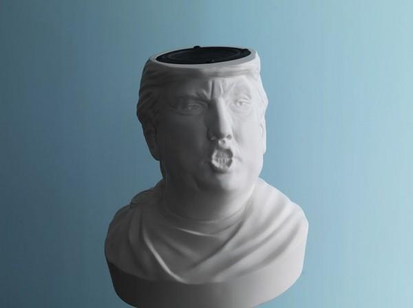 另类音箱:逼真唐纳德·特朗普头像蓝牙音箱