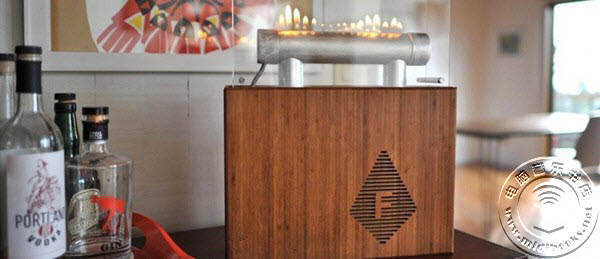 跳动音符的火苗:火焰音箱Fireside Audiobox