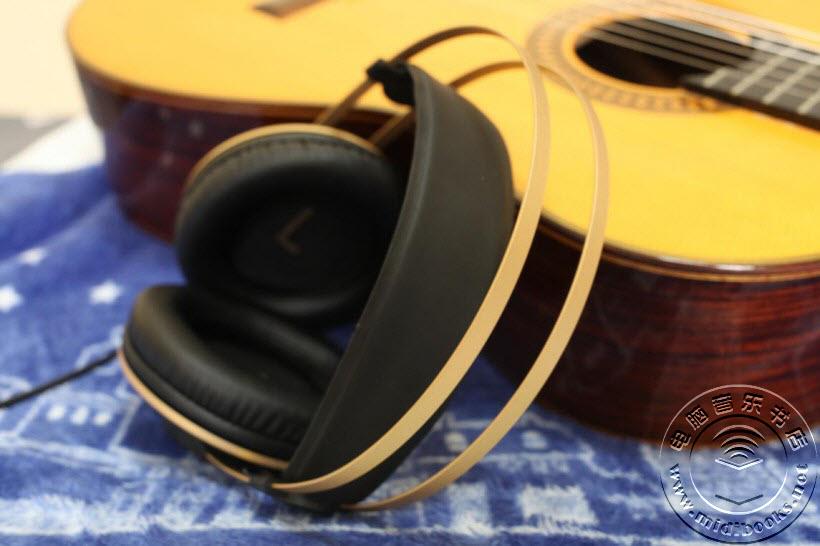AKG K92 监听耳机测评