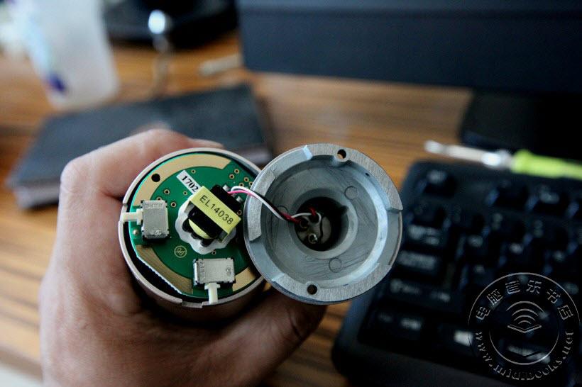 老铁家的金角和银角 — 铁三角 AT2035CG/SV 电容话筒试用
