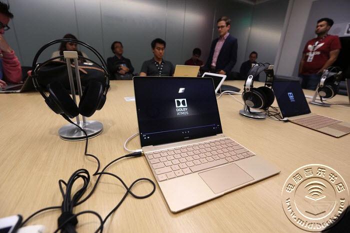 杜比用华为Matebook X展示最新设计的笔记本扬声器
