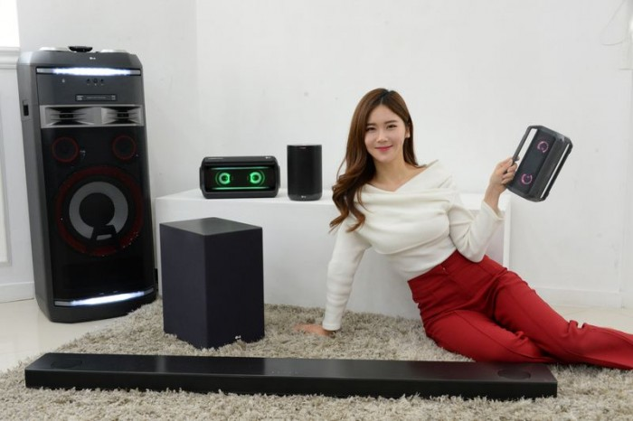 LG将在CES2018展示全新智能扬声器 支持Alexa或谷歌语音助手