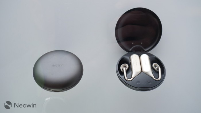 索尼演示Xperia Ear Open-Style最新开放式概念耳机