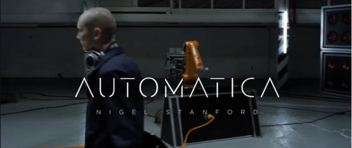 音乐家新视频披露工业机器人乐手新专辑制作花絮
