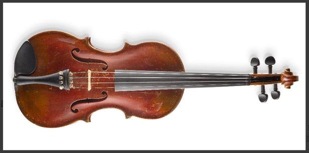 爱因斯坦的小提琴在纽约拍卖会上拍出516500美元