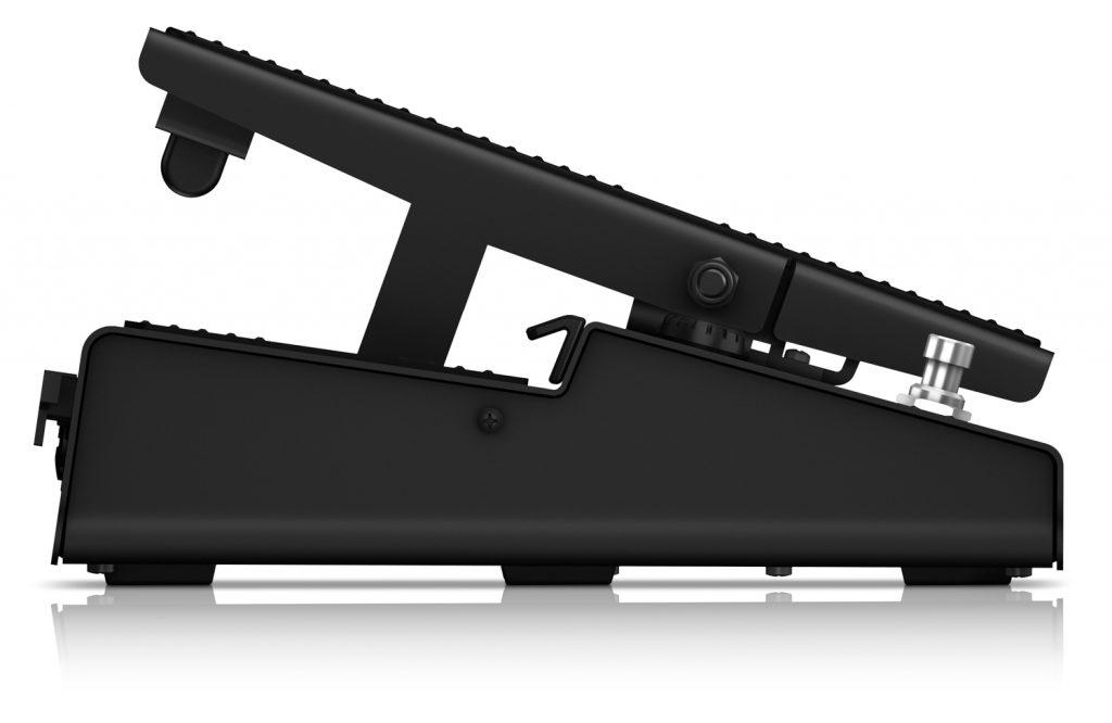 IK Multimedia 发布带有96KHz精度音频接口的 iRig Stomp I/O 吉他踏板
