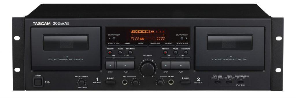 TASCAM 推出带有USB接口的 202mkVII 双卡座录音机
