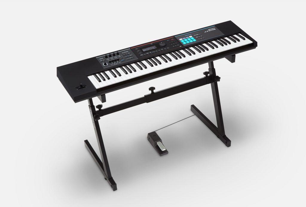 Roland(罗兰)推出 JUNO-DS76 76键音乐合成器(视频)