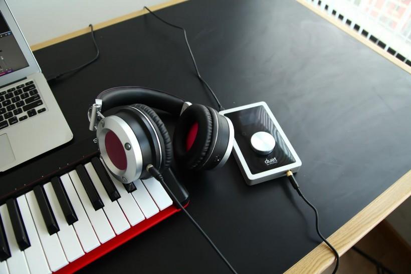 极简主义 — Nektar 新品 SE49 MIDI 编曲键盘开箱评测