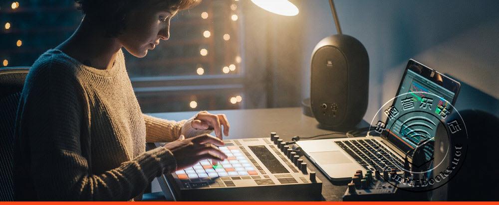 JBL发布带有无线蓝牙功能的参考级监听音箱104-BT(视频)