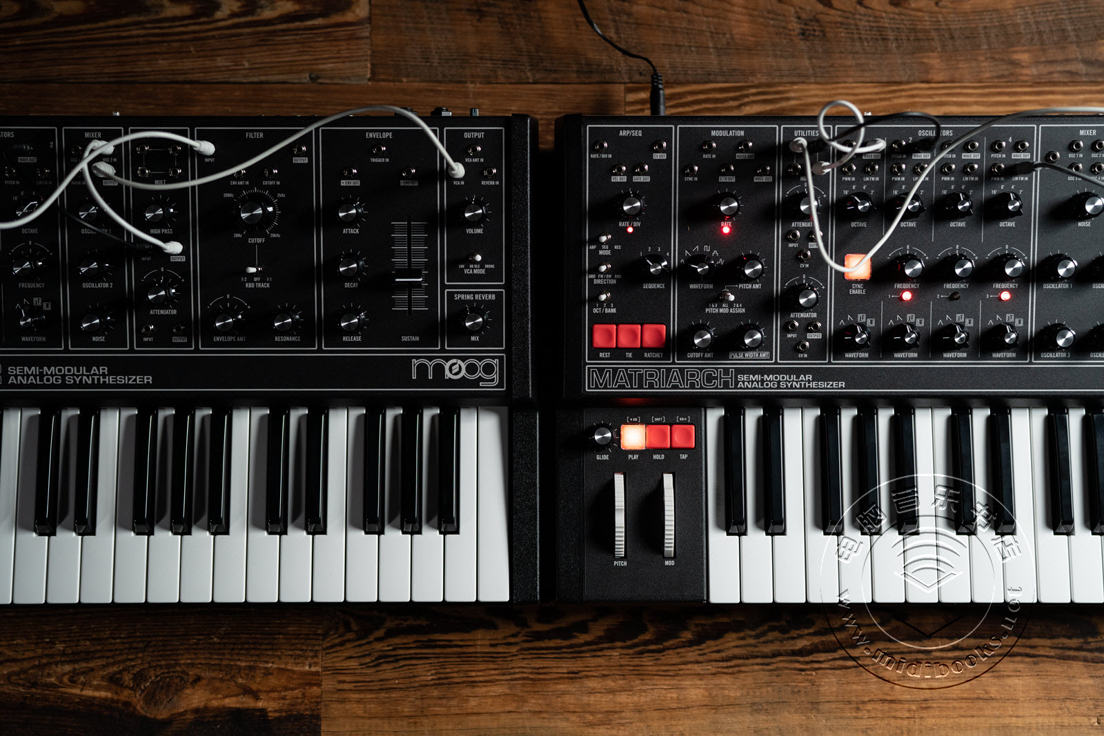 Moog Music发布Dark系列合成器(视频)