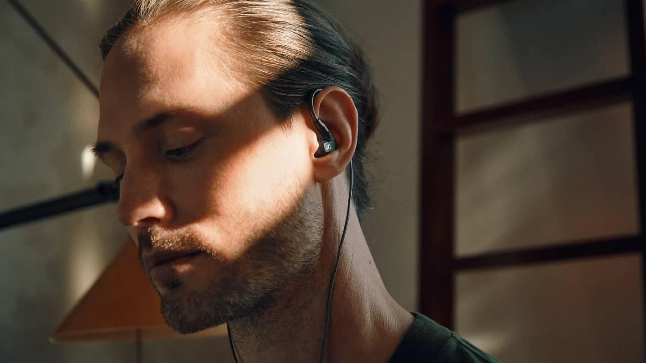 森海塞尔(Sennheiser)发布全新IE 300入耳式耳机和汽车音响技术